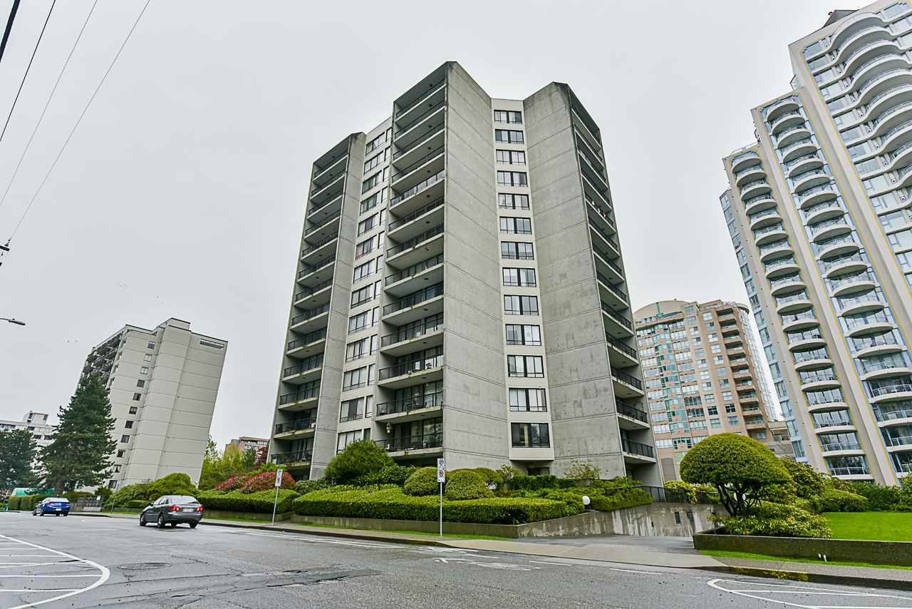 "Main Photo: 206 710 SEVENTH Avenue in New Westminster: Uptown NW Condo for sale in ""THE HERITAGE"" : MLS®# R2361455"