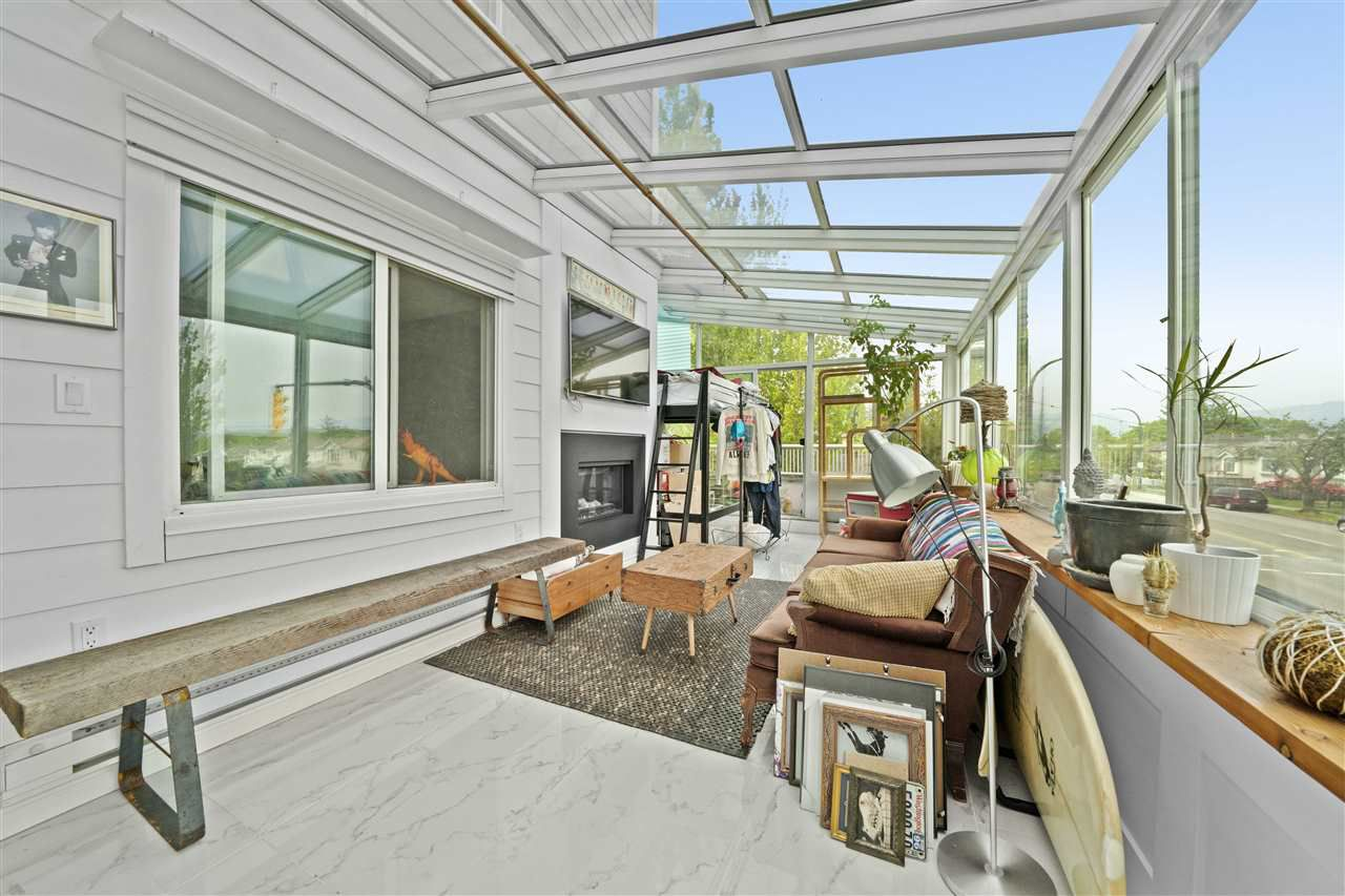 Main Photo: 101 3909 FRASER Street in Vancouver: Fraser VE Condo for sale (Vancouver East)  : MLS®# R2370731