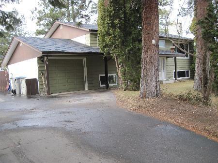Main Photo: 729 Gleneagles Drive: House for sale (Sahali)  : MLS®# 86475
