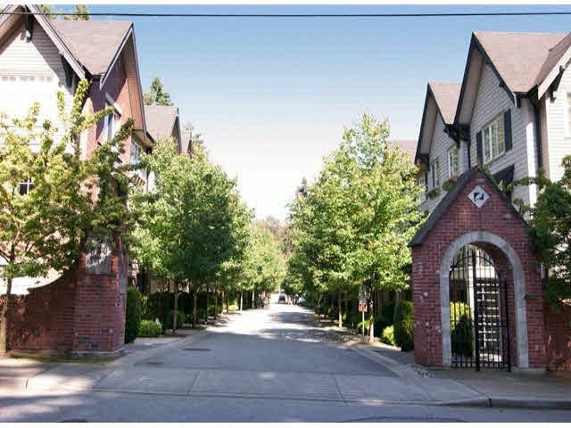 """Main Photo: 13 550 BROWNING Place in North Vancouver: Seymour NV Townhouse for sale in """"TANAGER"""" : MLS®# V1068073"""