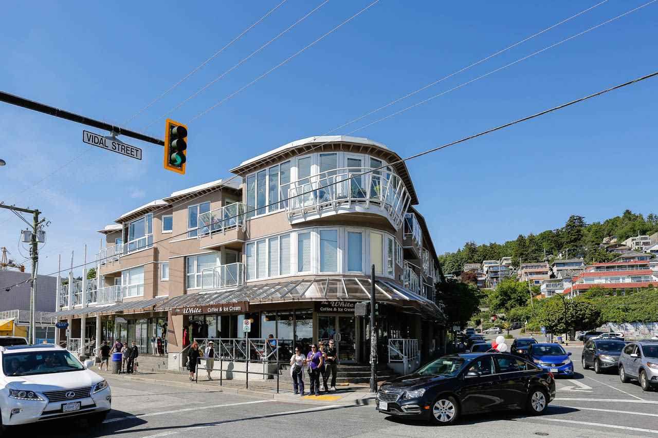 "Main Photo: 304 1119 VIDAL Street: White Rock Condo for sale in ""Nautica"" (South Surrey White Rock)  : MLS®# R2066744"