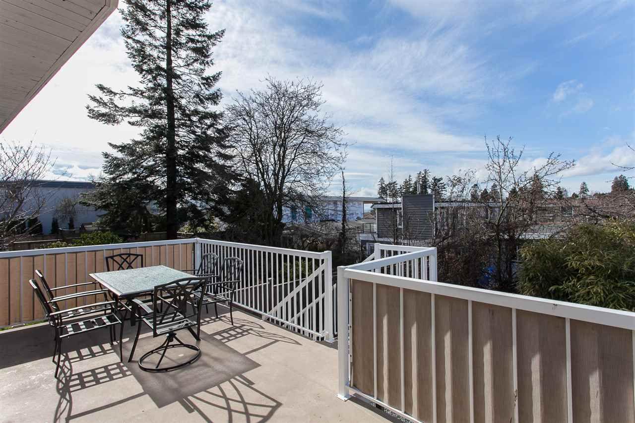 Main Photo: 845 STEVENS Street: White Rock House for sale (South Surrey White Rock)  : MLS®# R2145657