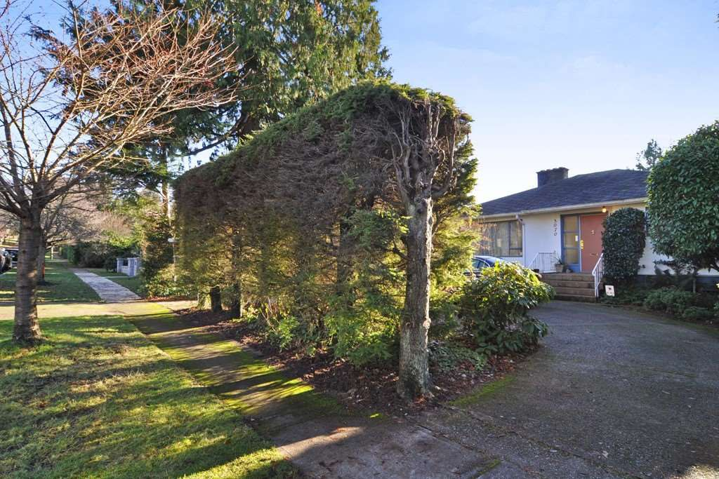 Main Photo: 3070 W 44TH AVENUE in Vancouver: Kerrisdale House for sale (Vancouver West)  : MLS®# R2227532