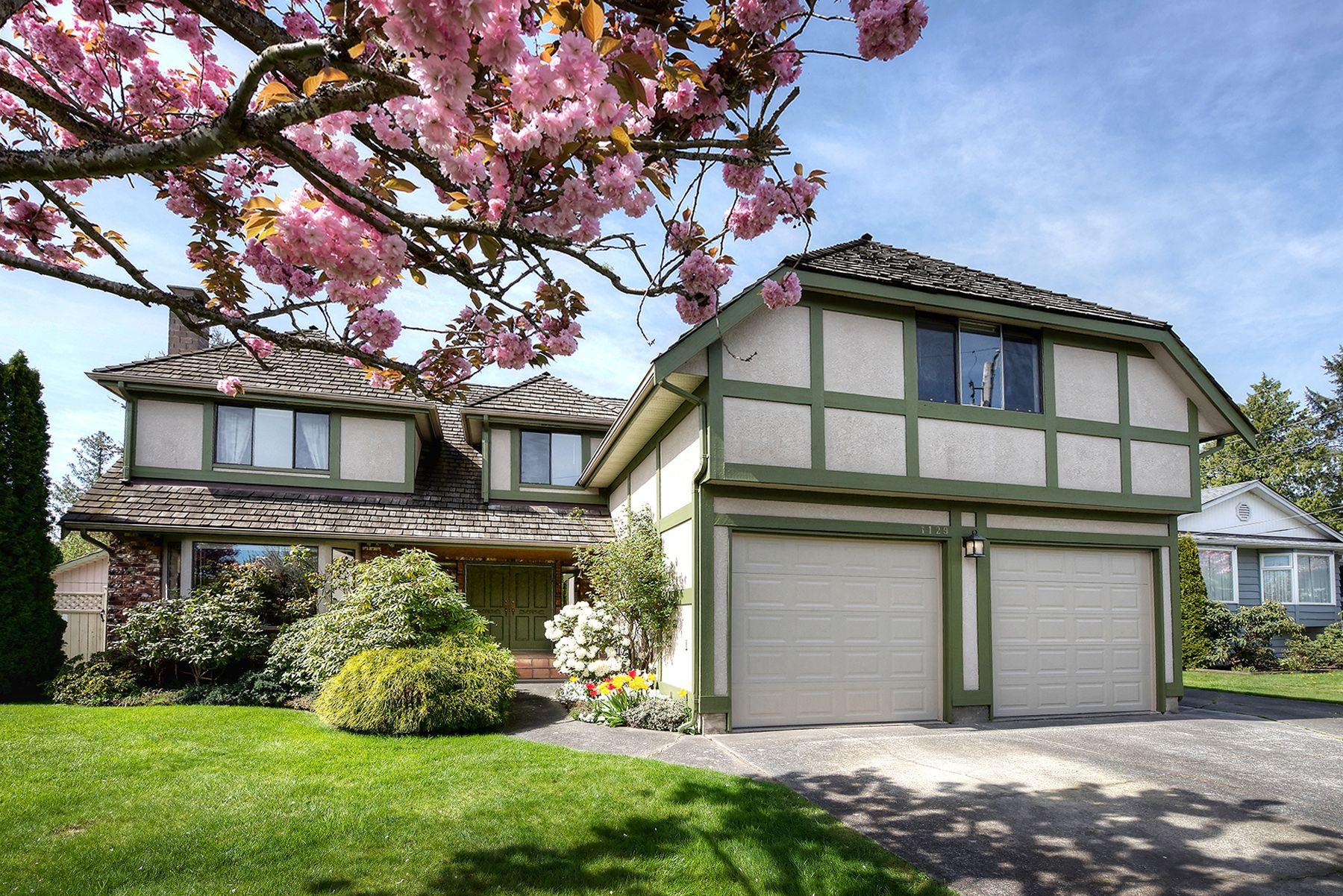 Main Photo: 1129 52A Street in Delta: Tsawwassen Central House for sale (Tsawwassen)  : MLS®# R2251022