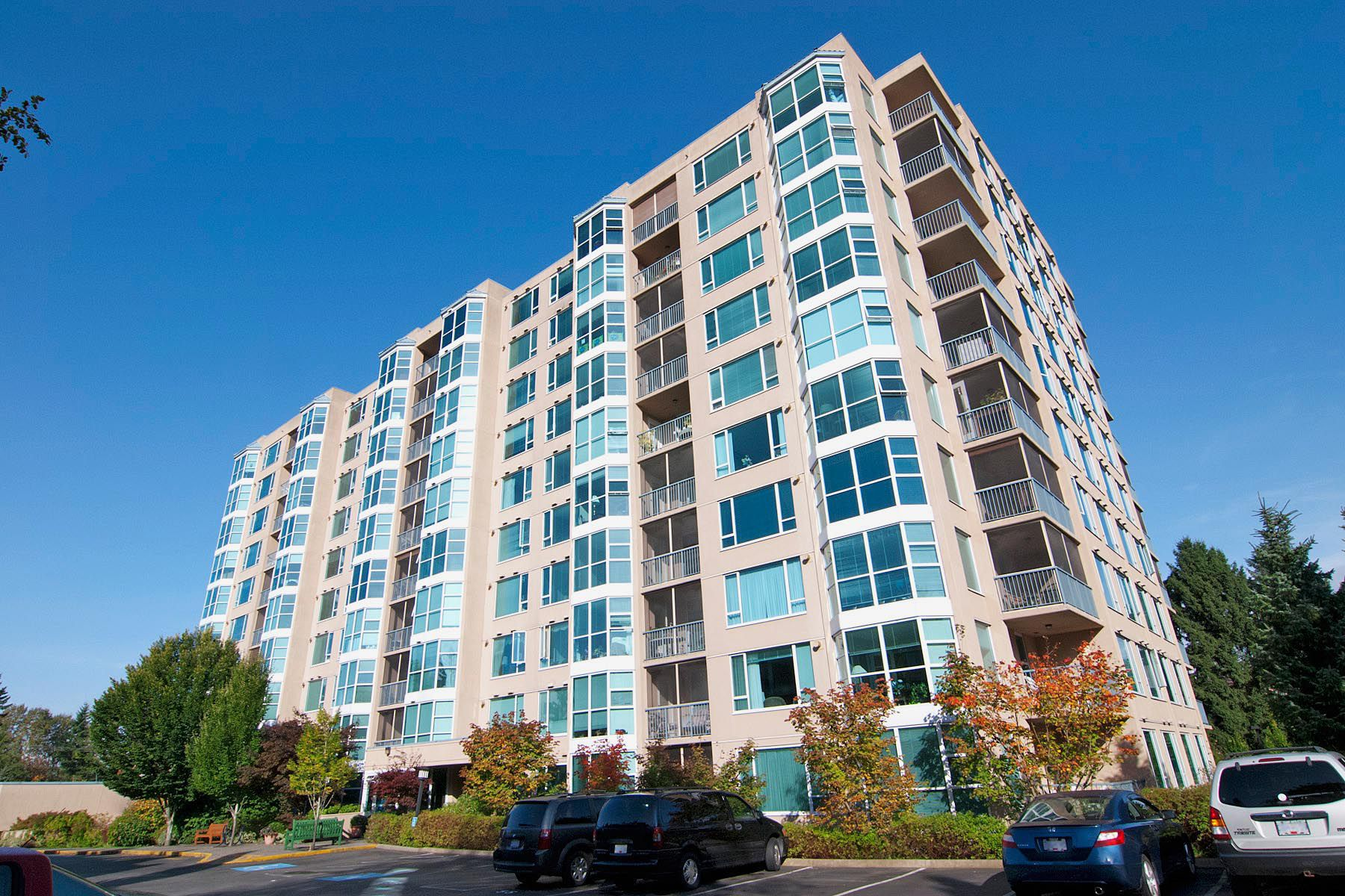 "Main Photo: 508 12148 224 Street in Maple Ridge: East Central Condo for sale in ""THE PANORAMA"" : MLS®# R2286402"