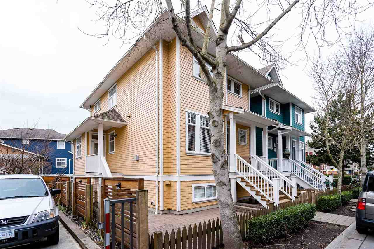 "Main Photo: 8 6400 PRINCESS Lane in Richmond: Steveston South Townhouse for sale in ""McKinney Walk"" : MLS®# R2329043"