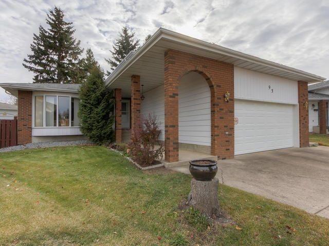 Main Photo: 93 GREENOCH Crescent in Edmonton: Zone 29 House for sale : MLS®# E4142922