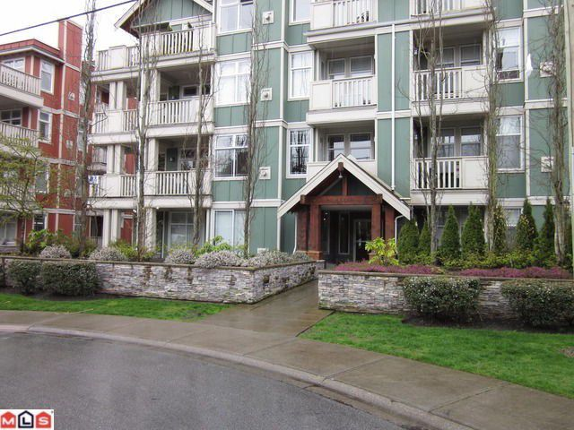 "Main Photo: 311 15350 16A Avenue in Surrey: King George Corridor Condo for sale in ""OCEAN BAY VILLAS"" (South Surrey White Rock)  : MLS®# F1118359"