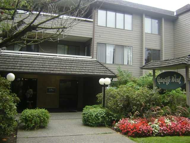 "Main Photo: 104 1770 W 12TH Avenue in Vancouver: Fairview VW Condo for sale in ""GRANVILLE WEST"" (Vancouver West)  : MLS®# V911155"