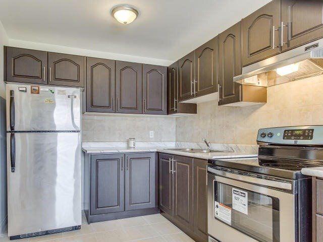 Main Photo: 79 Kay Drive in Toronto: Mount Olive-Silverstone-Jamestown House (Backsplit 5) for sale (Toronto W10)  : MLS®# W3310714