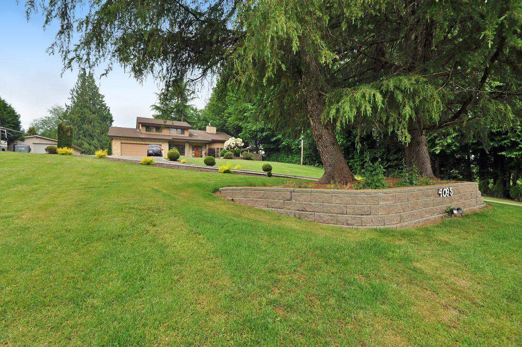 Main Photo: 4095 PRAIRIE Street in Abbotsford: Matsqui House for sale : MLS®# R2070498