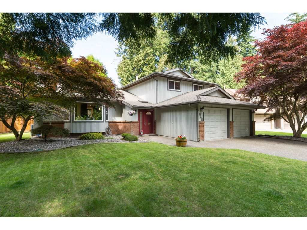 Main Photo: 1946 AMBLE GREENE Drive in Surrey: Crescent Bch Ocean Pk. House for sale (South Surrey White Rock)  : MLS®# R2183618