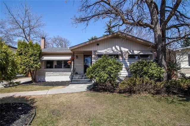 Main Photo: 131 Wordsworth Way in Winnipeg: Westwood Residential for sale (5G)  : MLS®# 1811345