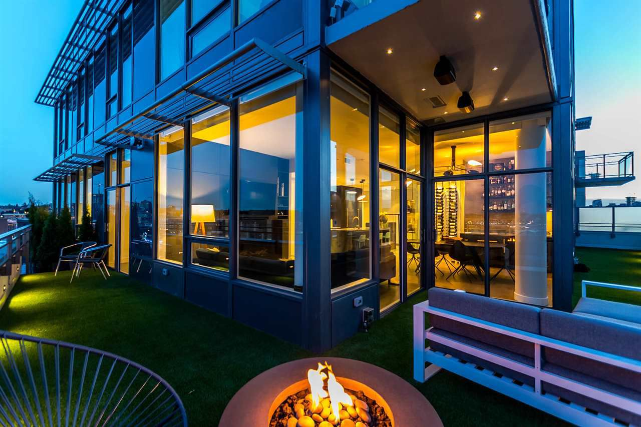 """Main Photo: 1701 111 E 1ST Avenue in Vancouver: Mount Pleasant VE Condo for sale in """"BLOCK 100"""" (Vancouver East)  : MLS®# R2265096"""