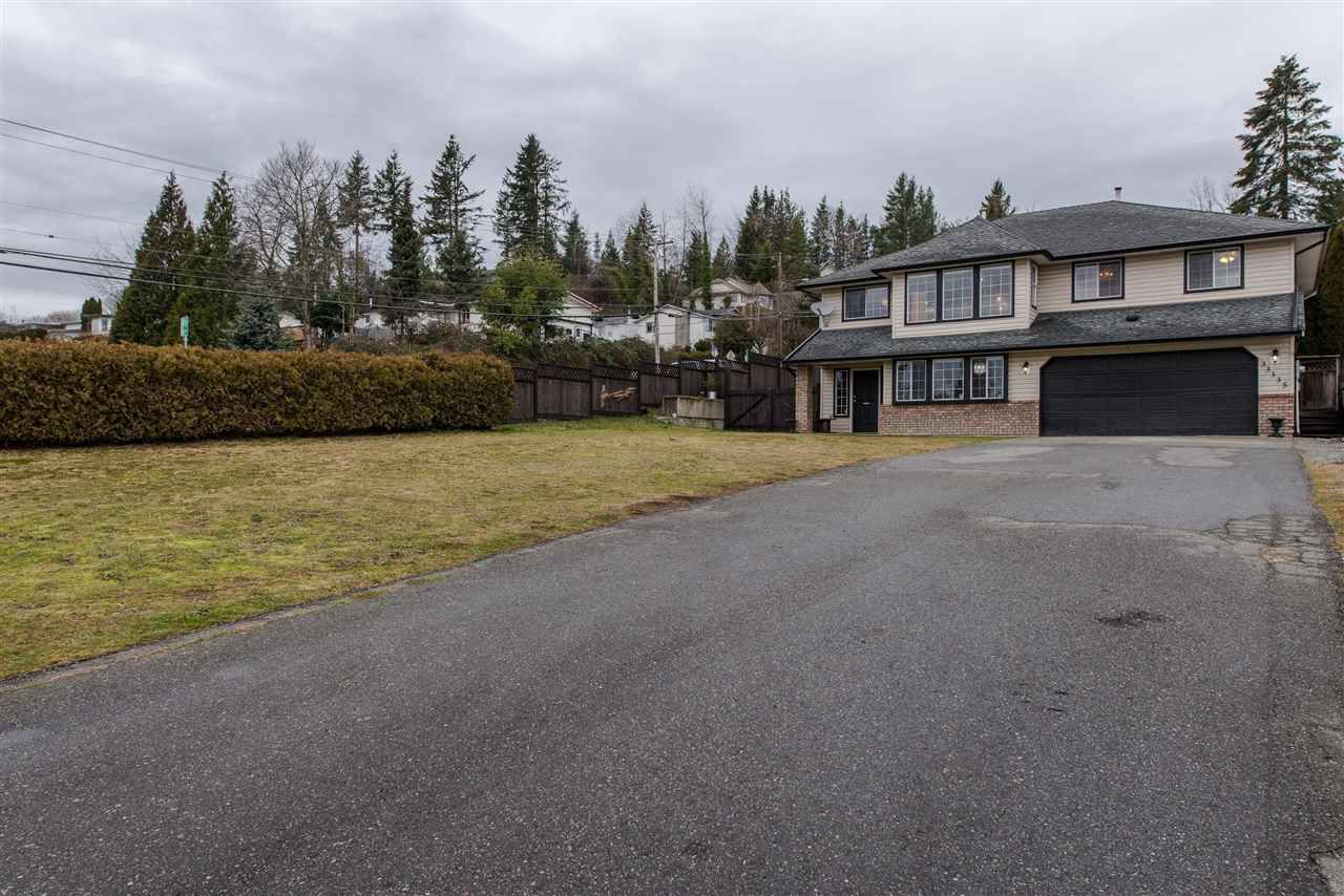 Main Photo: 33335 BEST Avenue in Mission: Mission BC House for sale : MLS®# R2334094