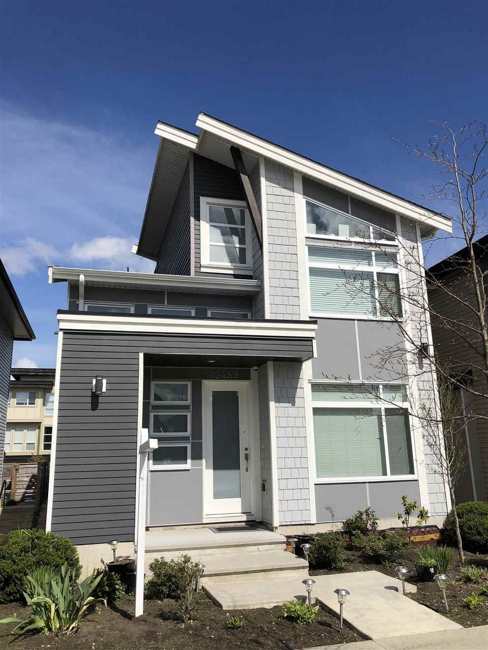 """Main Photo: 19489 72 Avenue in Surrey: Clayton House for sale in """"Dwell at 72nd"""" (Cloverdale)  : MLS®# R2358501"""