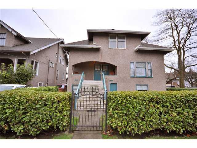 "Main Photo: 2982 CAROLINA Street in Vancouver: Mount Pleasant VE House for sale in ""Mt. Pleasant"" (Vancouver East)  : MLS®# V875855"