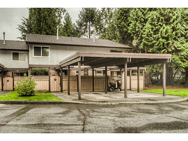 """Main Photo: 51 3046 COAST MERIDIAN Road in Port Coquitlam: Birchland Manor Townhouse for sale in """"WOODSIDE ESTATES"""" : MLS®# V1092086"""