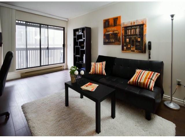 """Main Photo: 404 9672 134TH Street in Surrey: Whalley Condo for sale in """"PARKWOODS"""" (North Surrey)  : MLS®# F1429232"""