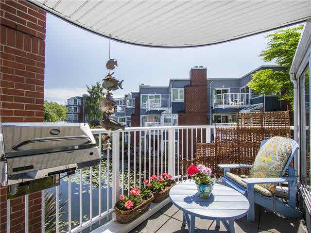 """Main Photo: 1587 MARINER Walk in Vancouver: False Creek Townhouse for sale in """"LAGOONS"""" (Vancouver West)"""