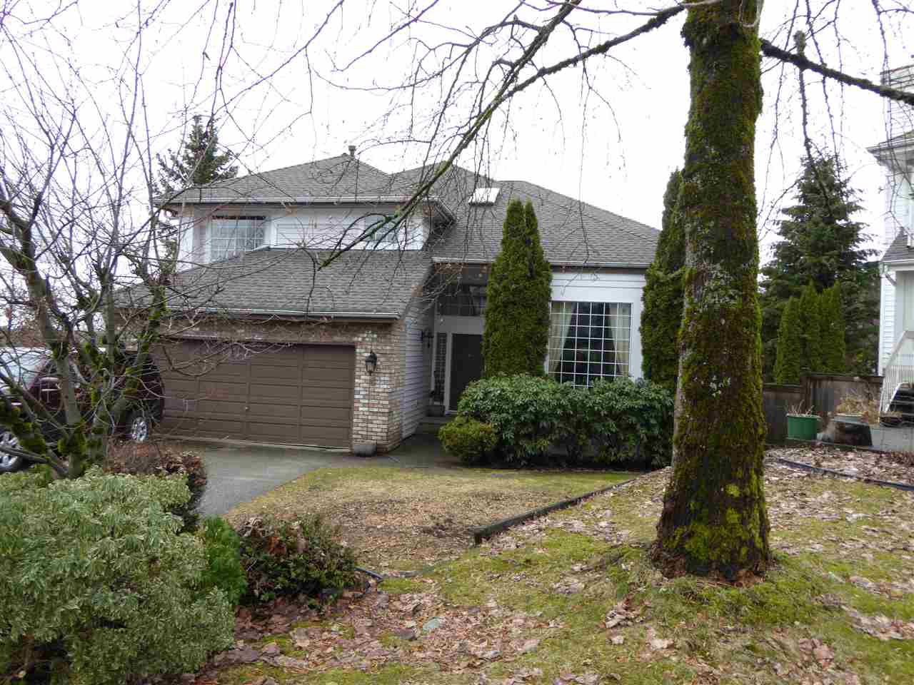 "Main Photo: 6 CEDARWOOD Court in Port Moody: Heritage Woods PM House for sale in ""HERITAGE WOODS"" : MLS®# R2137068"