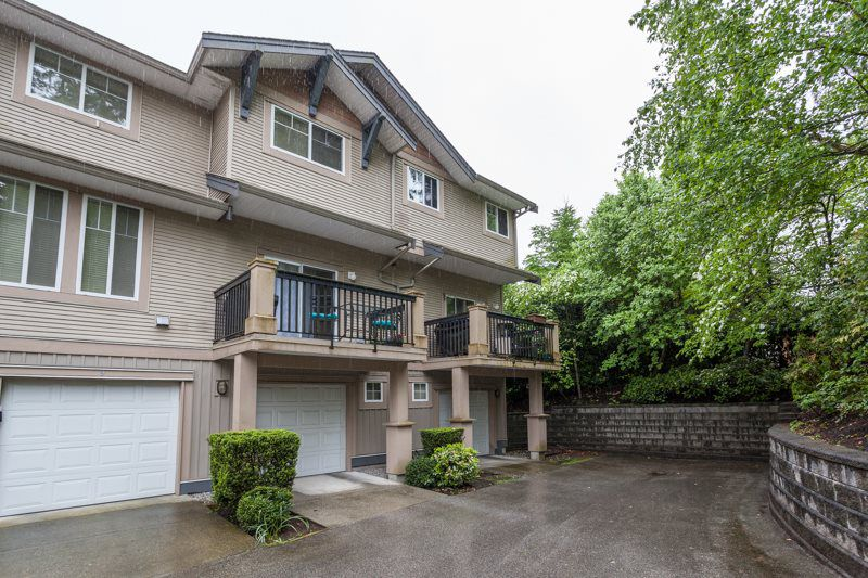 "Main Photo: 10 5839 PANORAMA Drive in Surrey: Sullivan Station Townhouse for sale in ""FOREST GATE"" : MLS®# R2166965"