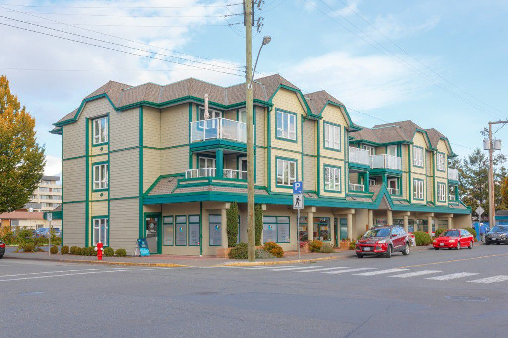 Main Photo: Sidney By The Sea Condo for Sale