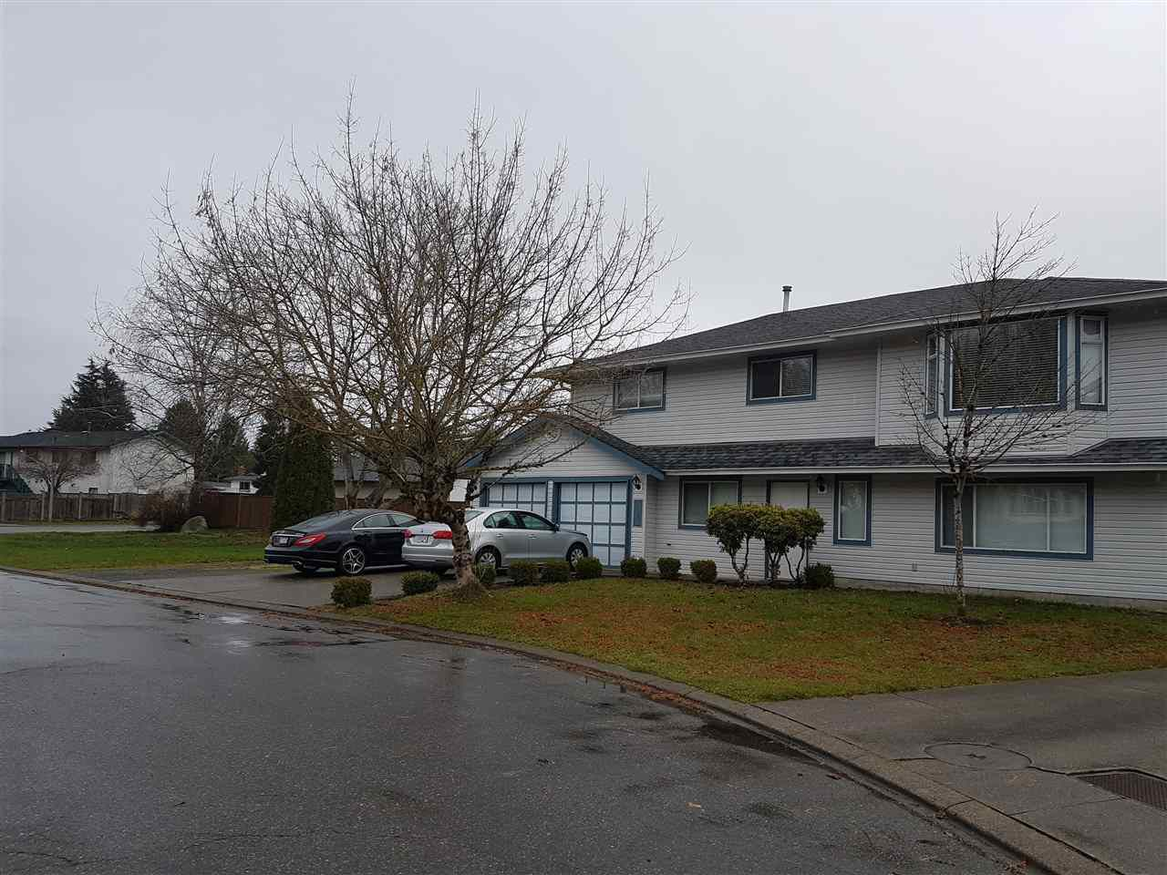Main Photo: 31846 JERVIS Court in Abbotsford: Abbotsford West House for sale : MLS®# R2228645