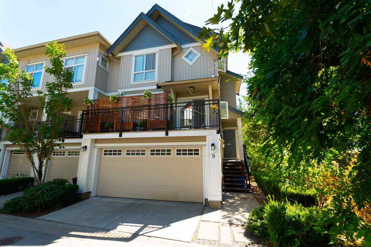 """Main Photo: 9 20120 68 Avenue in Langley: Willoughby Heights Townhouse for sale in """"THE OAKS"""" : MLS®# R2296233"""