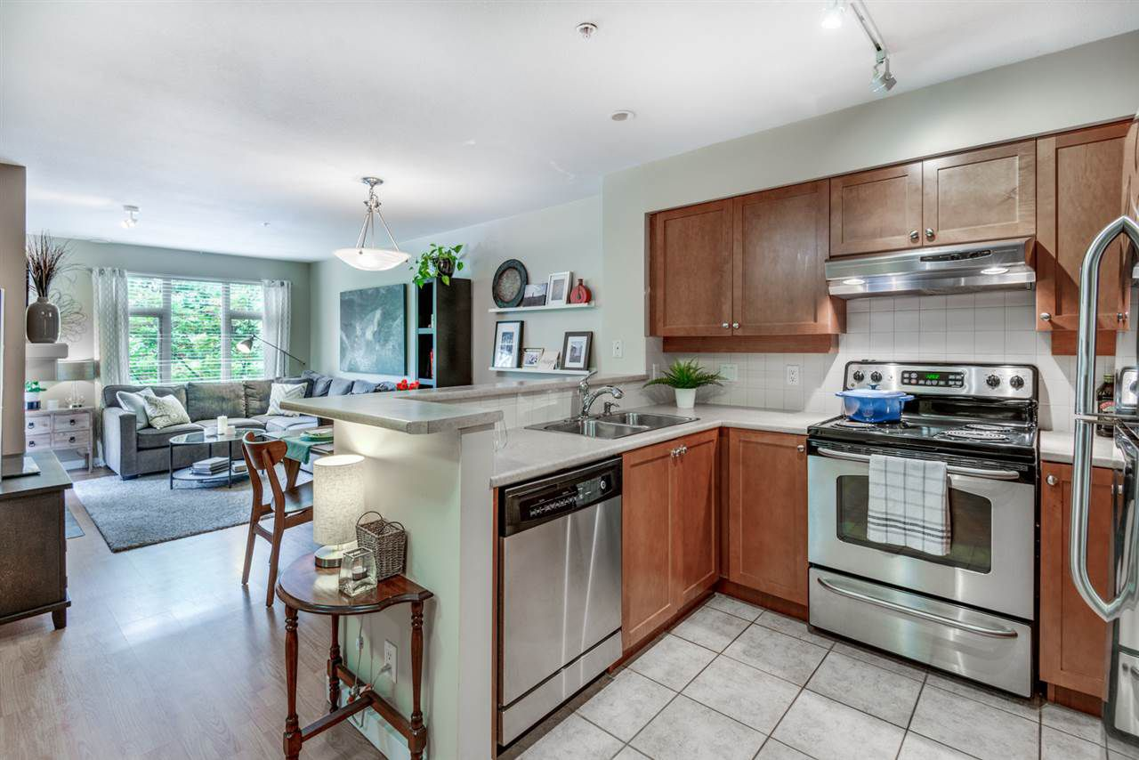 "Main Photo: 202 18 SMOKEY SMITH Place in New Westminster: GlenBrooke North Condo for sale in ""The Crofton"" : MLS®# R2302452"