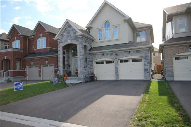 Main Photo: 9 Benn Avenue in Georgina: Keswick South House (2-Storey) for lease : MLS®# N4285410