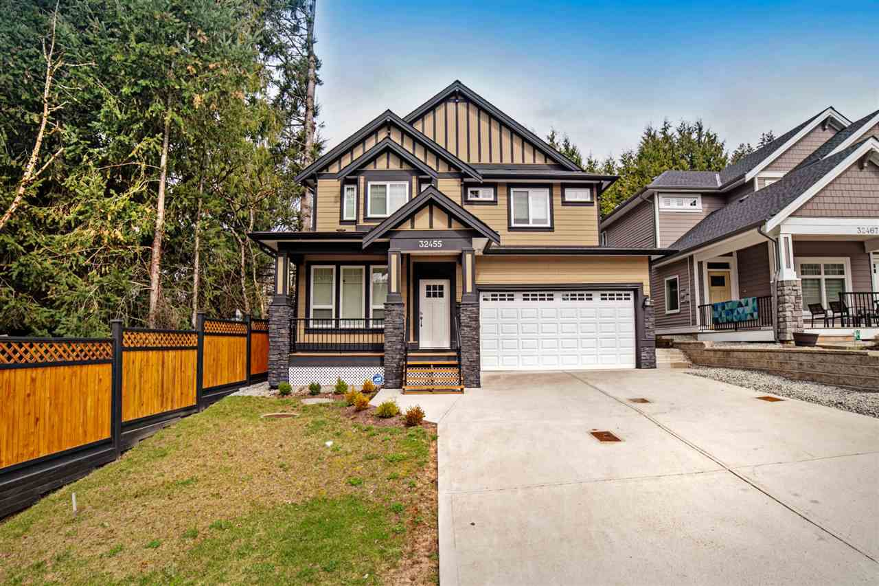 Main Photo: 32455 FLEMING Avenue in Mission: Mission BC House for sale : MLS®# R2352270