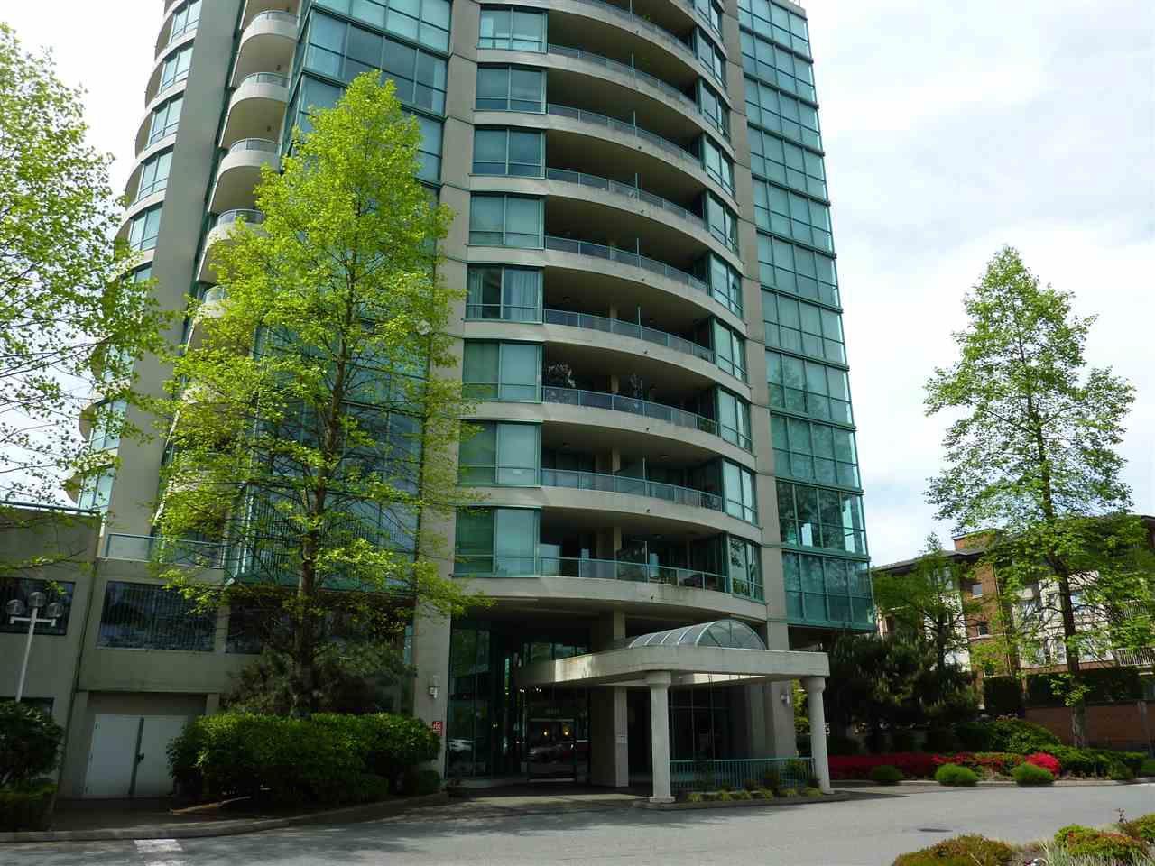 "Main Photo: 1605 8871 LANSDOWNE Road in Richmond: Brighouse Condo for sale in ""CENTRE POINTE"" : MLS®# R2369947"
