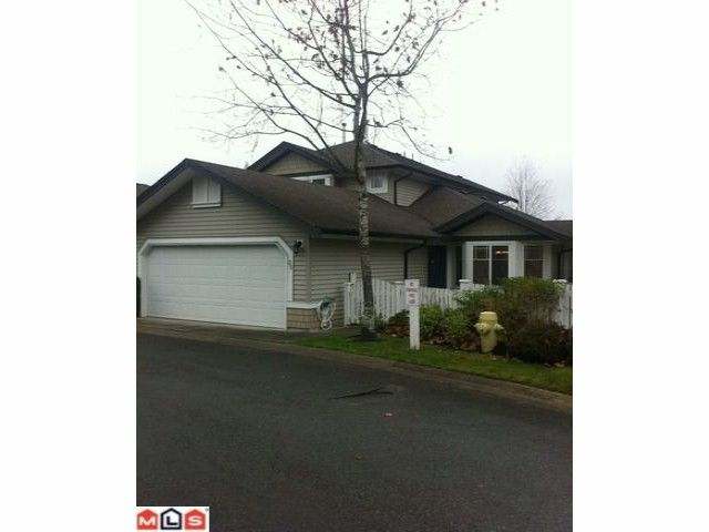 """Main Photo: 35 6488 168TH Street in Surrey: Cloverdale BC Townhouse for sale in """"Turnberry"""" (Cloverdale)  : MLS®# F1127858"""