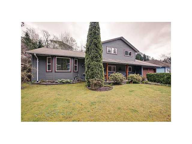 Main Photo: 40047 PLATEAU Drive in Squamish: Valleycliffe House for sale : MLS®# V942594