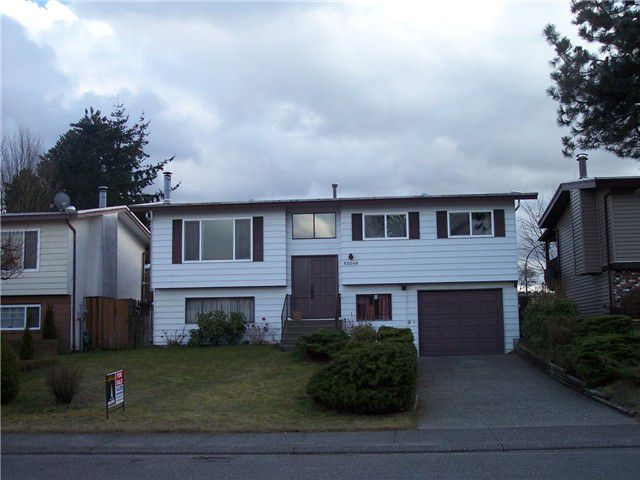 """Main Photo: 32098 AUSTIN Avenue in Abbotsford: Abbotsford West House for sale in """"FAIRFIELD"""" : MLS®# F1404394"""