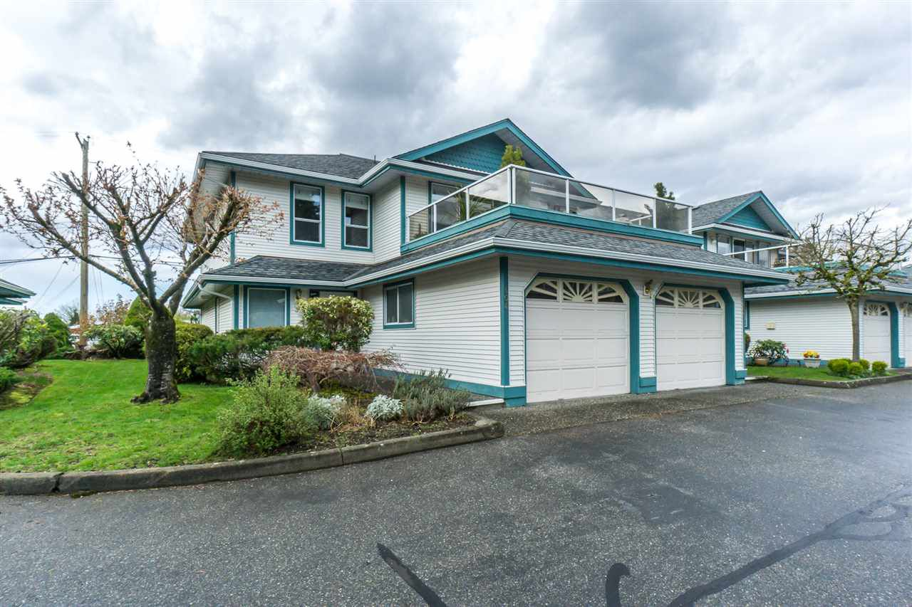 """Main Photo: 404 7500 COLUMBIA Street in Mission: Mission BC Townhouse for sale in """"Edwards Estates"""" : MLS®# R2263460"""
