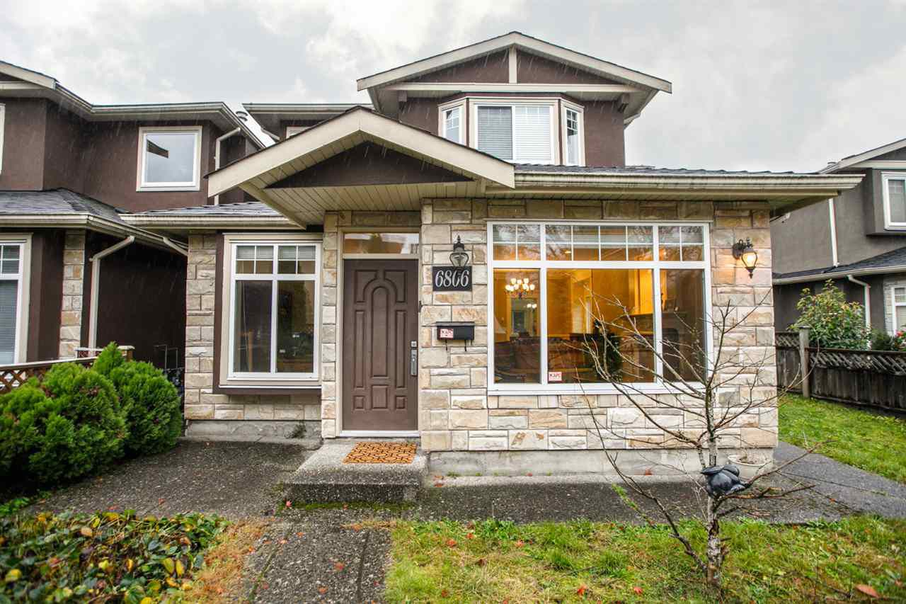 Main Photo: 6806 DUNNEDIN Street in Burnaby: Sperling-Duthie House 1/2 Duplex for sale (Burnaby North)  : MLS®# R2304415