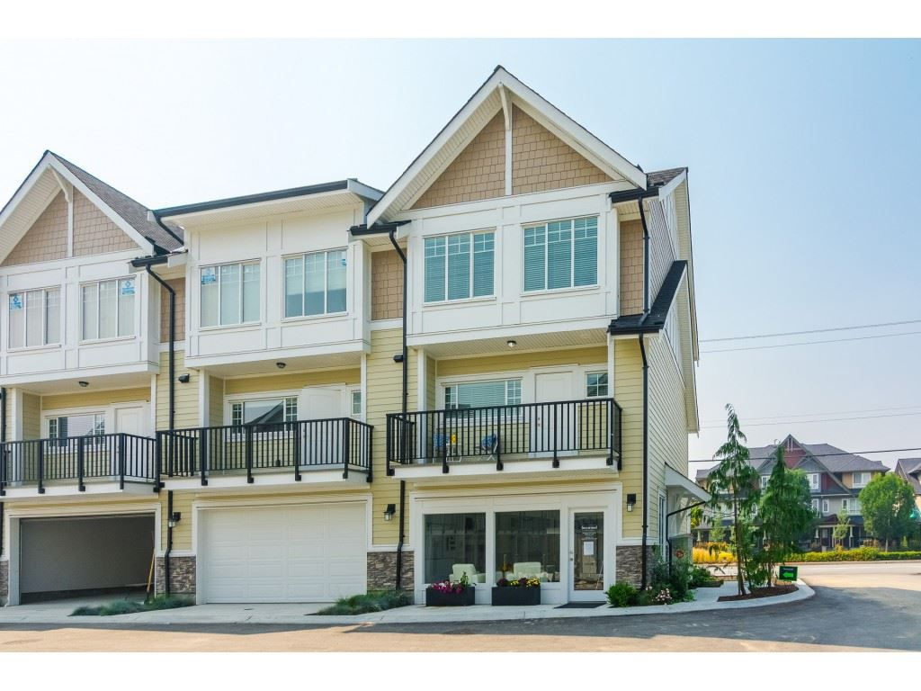 """Main Photo: 3 7056 192 Street in Surrey: Clayton Townhouse for sale in """"Boxwood"""" (Cloverdale)  : MLS®# R2320978"""
