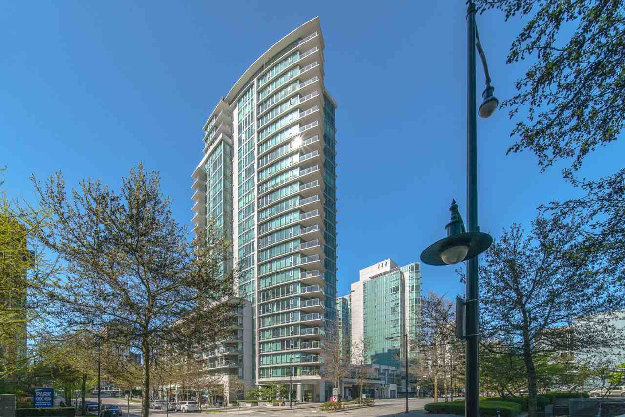 Main Photo: 2004 1616 BAYSHORE Drive in Vancouver: Coal Harbour Condo for sale (Vancouver West)  : MLS®# R2361945