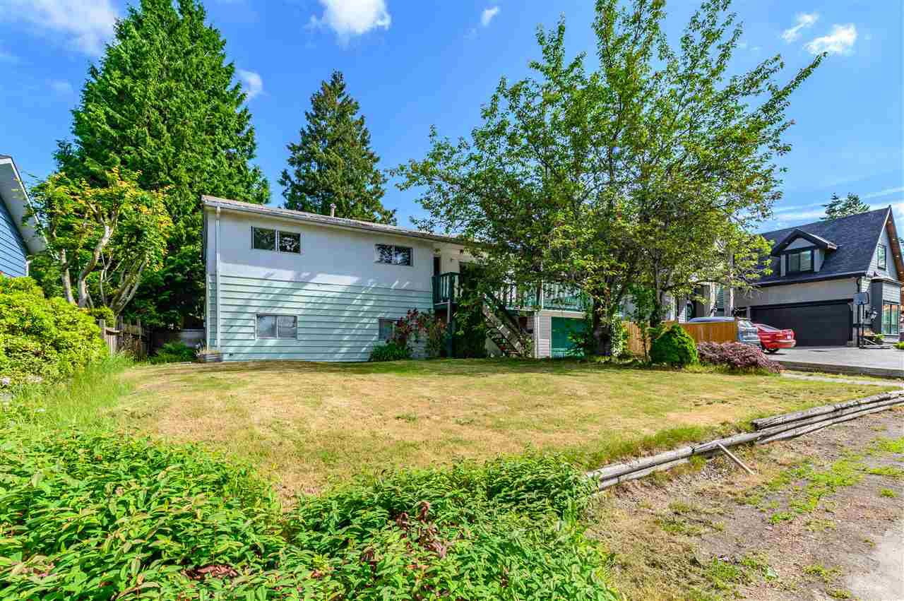 Main Photo: 15095 85A Avenue in Surrey: Bear Creek Green Timbers House for sale : MLS®# R2377673