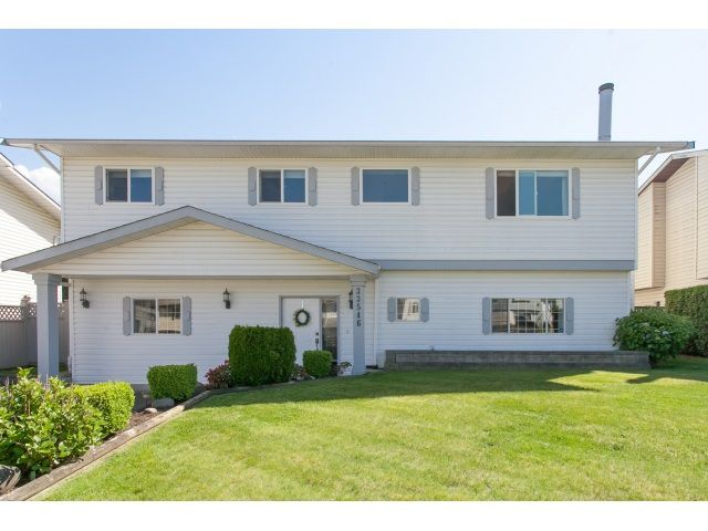 Main Photo: 33546 KINSALE Place in Abbotsford: Poplar House for sale : MLS®# R2064864