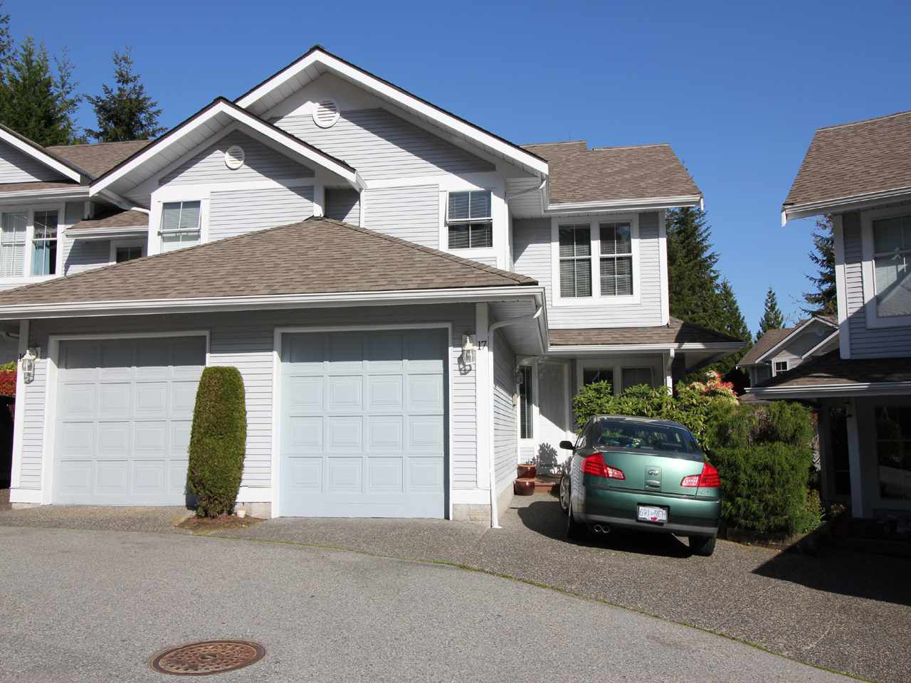 Main Photo: 17 2590 PANORAMA DRIVE in : Westwood Plateau Townhouse for sale : MLS®# R2056541