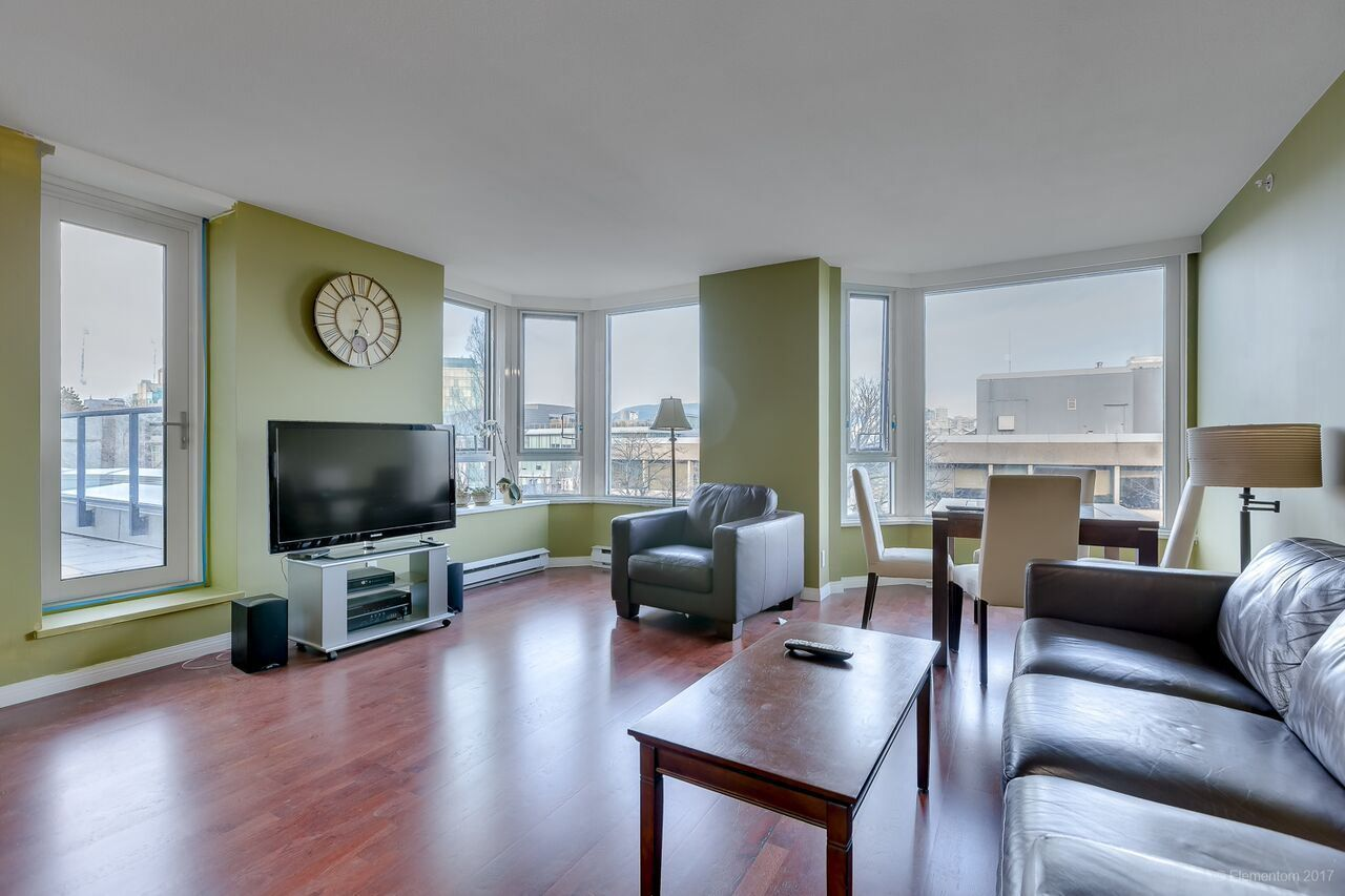 "Main Photo: 502 500 W 10TH Avenue in Vancouver: Fairview VW Condo for sale in ""CAMBRIDGE COURT"" (Vancouver West)  : MLS®# R2228428"