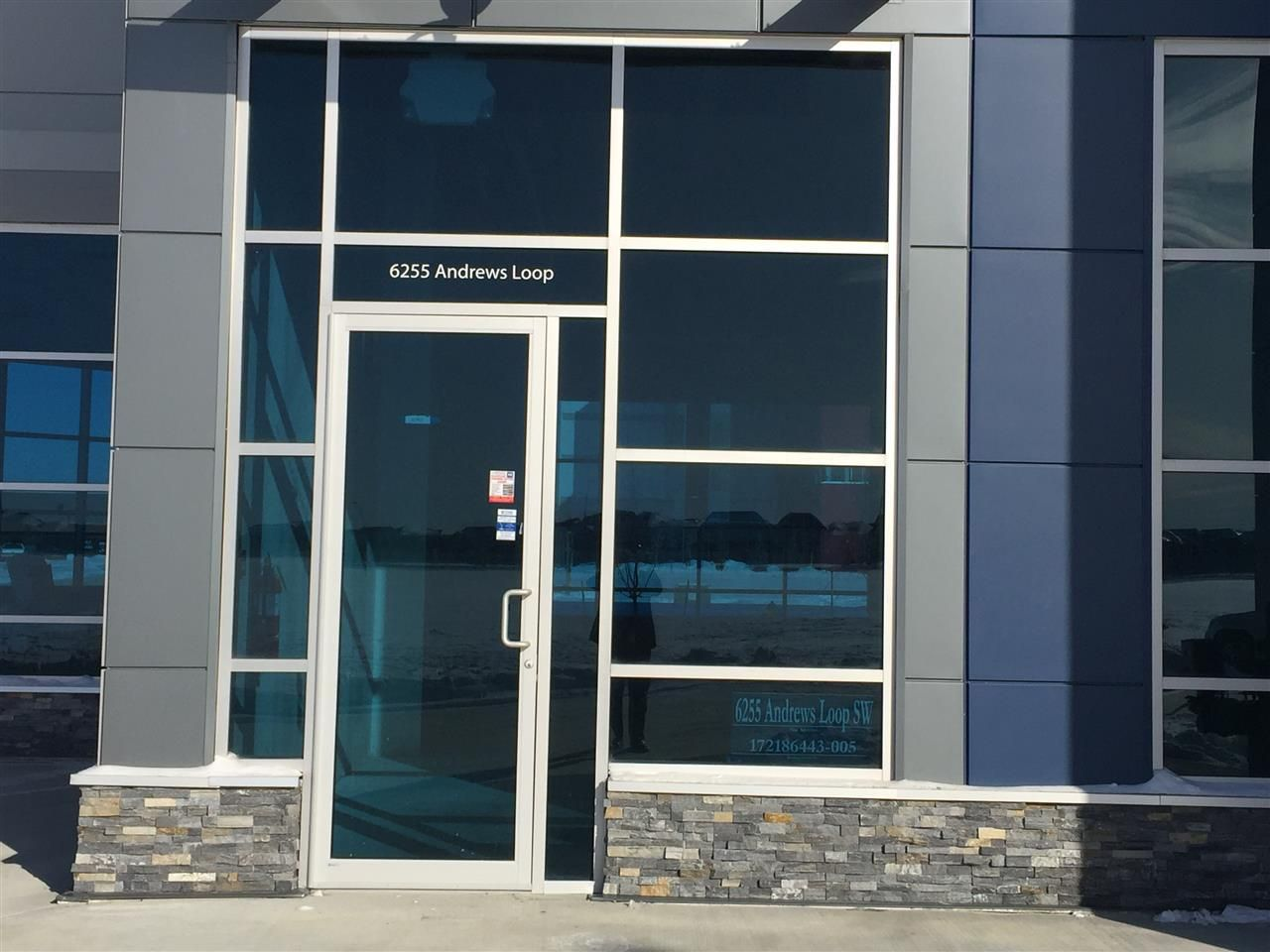 Main Photo: 102 6255 Andrews Loop in Edmonton: Zone 56 Retail for lease : MLS®# E4096619