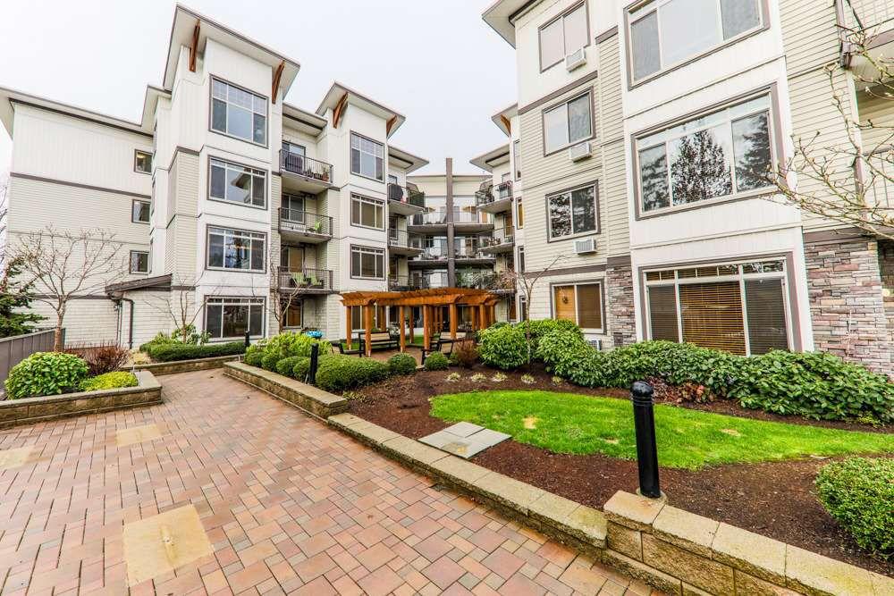 "Main Photo: 405 11887 BURNETT Street in Maple Ridge: East Central Condo for sale in ""WELLINGTON STATION"" : MLS®# R2242581"