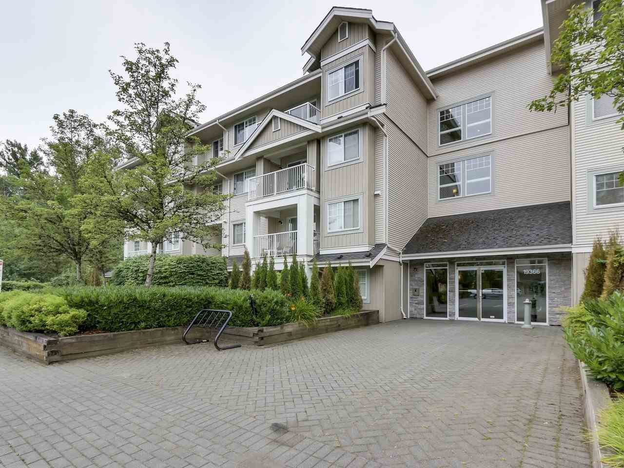 """Main Photo: 105 19366 65 Avenue in Surrey: Clayton Condo for sale in """"THE LIBERTY"""" (Cloverdale)  : MLS®# R2287706"""