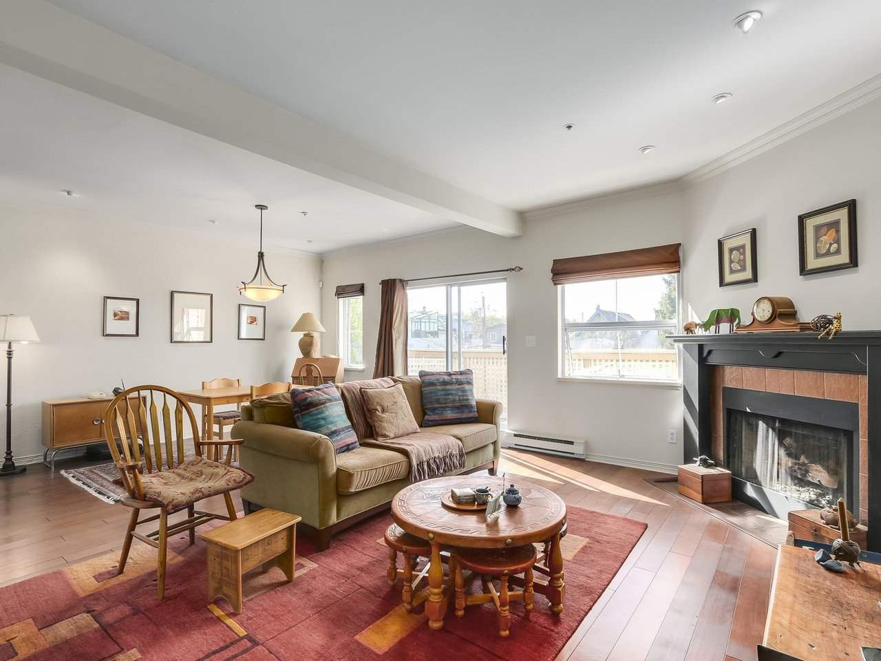 Main Photo: 2244 W 14 Avenue in Vancouver: Kitsilano Townhouse for sale (Vancouver West)  : MLS®# R2332437