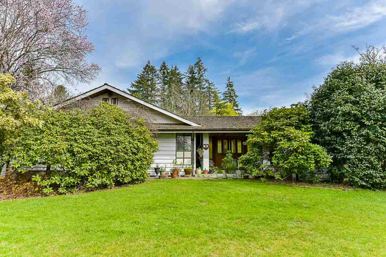 Main Photo: 7564 184 Street in Surrey: Clayton House for sale (Cloverdale)  : MLS®# R2355063
