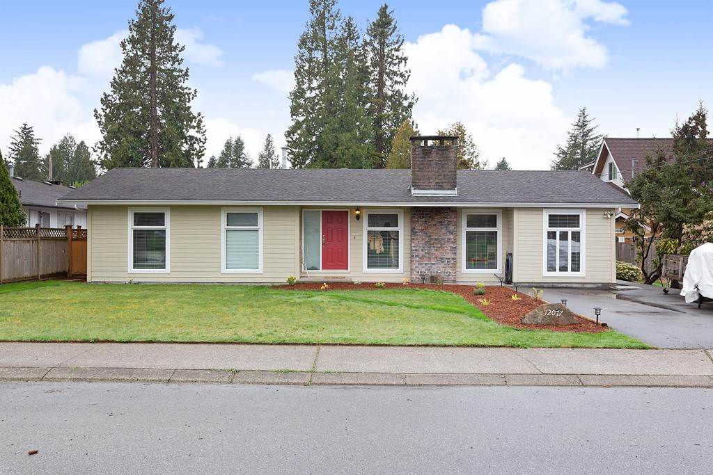 """Main Photo: 12077 BLAKELY Road in Pitt Meadows: Central Meadows House for sale in """"Highland Area"""" : MLS®# R2357463"""